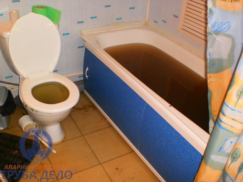 Простых решений, как прочистить засор в ванной самостоятельно
